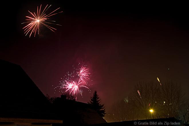 Feuerwerk über dem Haus
