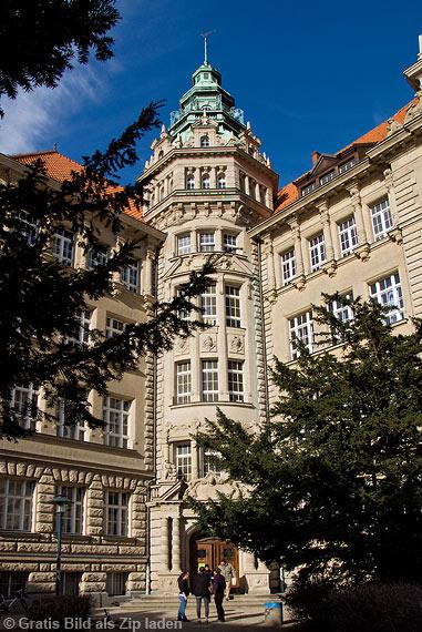 Karl von Ossietzky Gymnasium in Berlin Pankow
